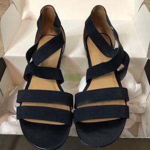 Talbots blue Lamar elastic sandals